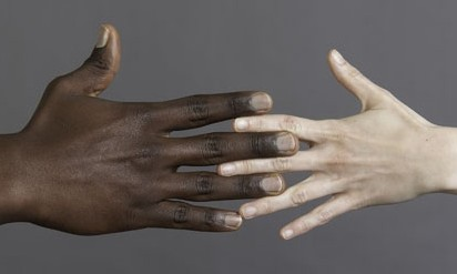 thumb_bundle2-31-tolleranza-e-razzismo.650x250_q95_box-0,0,647,249